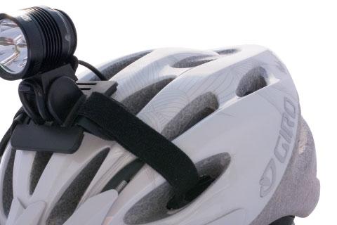 OM3 Lampe erste Version auf Helm